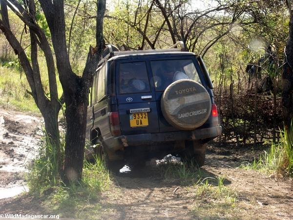 4x4 driving in Madagascar (Tsingy de Bemaraha)
