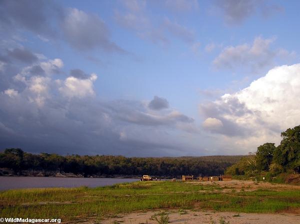 Manambolo river at Bekopaka (Tsingy de Bemaraha)