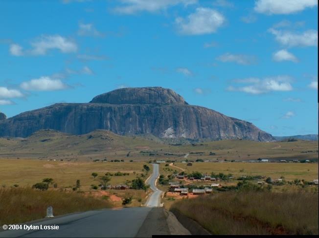 Isalo road (Isalo road)