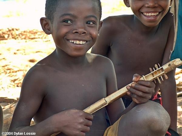 Tsiribihina River boy  (Tsiribihina River boy)