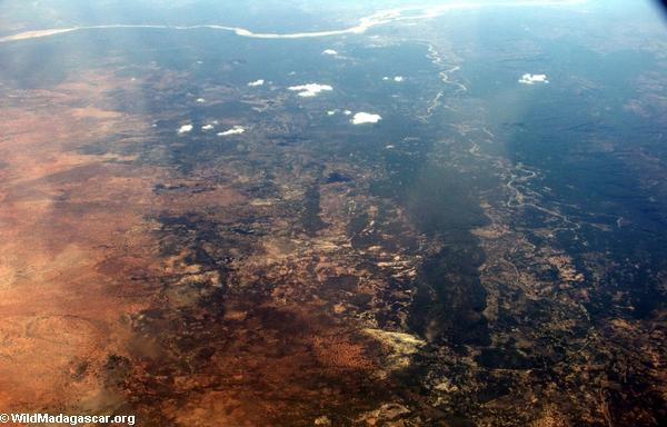 Aerial view of deforestation and erosion in southern Madagascar (Isalo) [tulear_ftdau_flight0160]