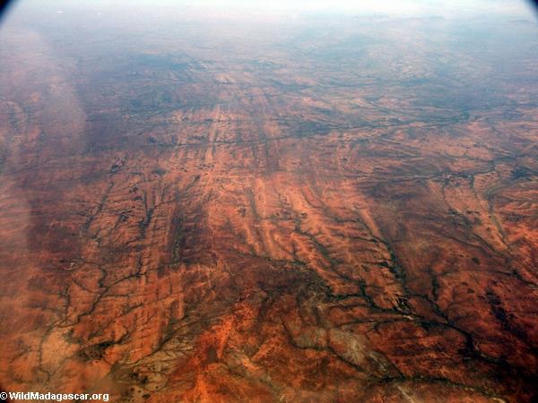 Aerial view of deforestation and erosion in southern Madagascar (Isalo) [tulear_ftdau_flight0162]