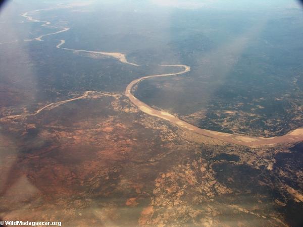 Aerial view of deforestation and erosion in southern Madagascar (Isalo) [tulear_ftdau_flight0166]