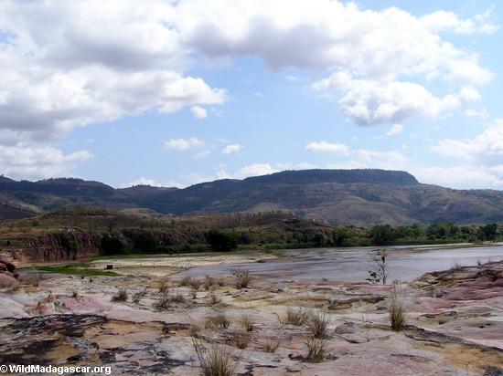 manambolo sakalava hut(Manambolo)