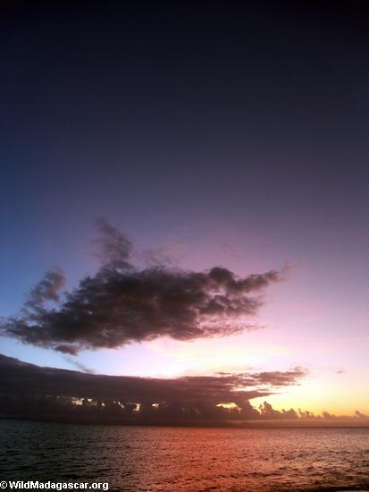 закат в tampolo области masoala полуострове