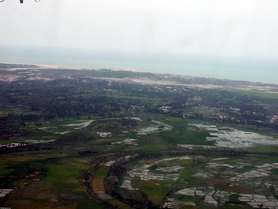 Aerial view of deforestation in western Madagascar (Tulear) [moron_tulear182]